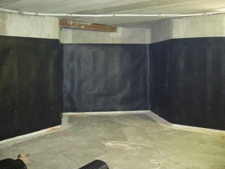 Гидроизоляция стен изнутри